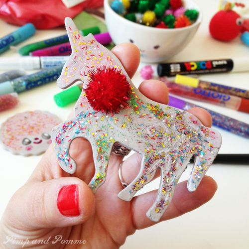 Broche-licorne-de-noël-christmas-brooch-DIY-Giotto