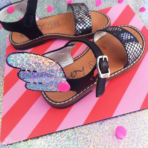 DIY-sandales-BOPY-ailes-unicorn-sirene-mermaid-sandals.png_effected