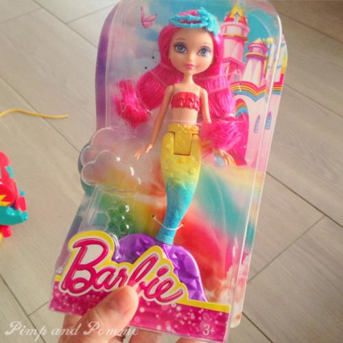 Barbie-Rainbow-Mermaid-Sirene-Arc-En-Ciel