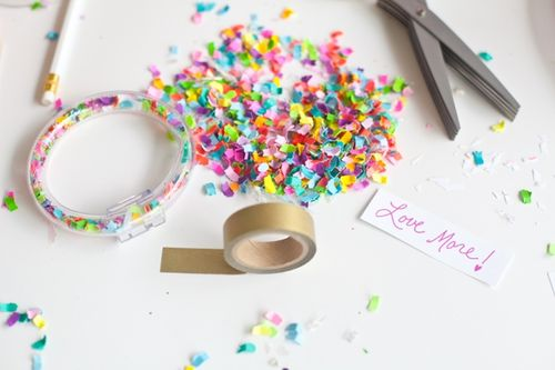 The-Confetti-Bar_BFFF_DIY-Confetti-Bracelets_0016