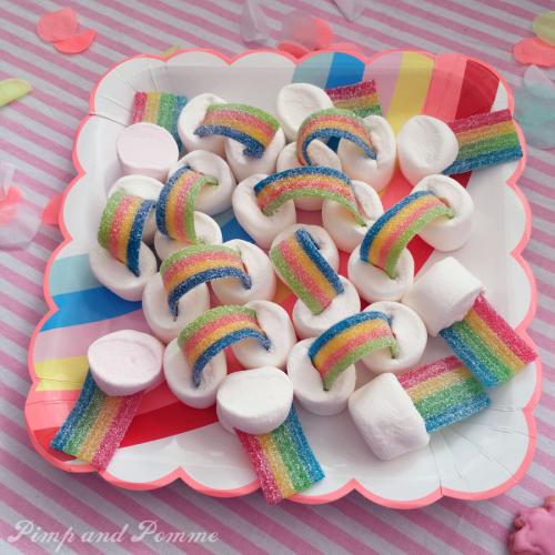Rainbow-Chamallows-Poppy-Party-TROLLS