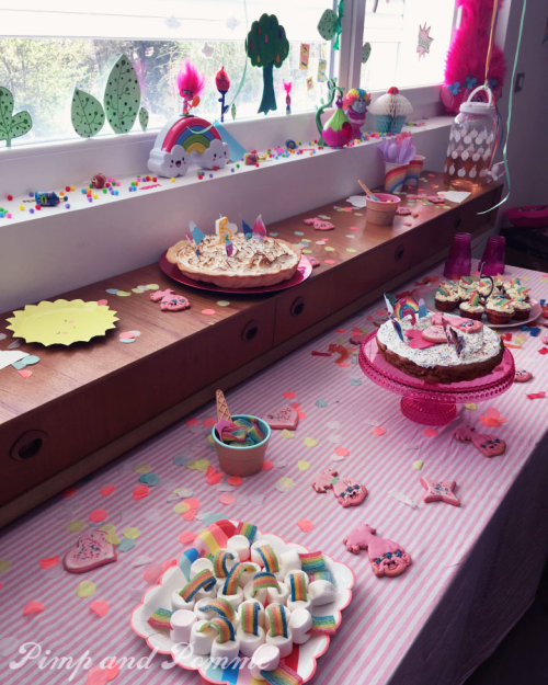 Sweet-Table-Poppy-Party-TROLLS
