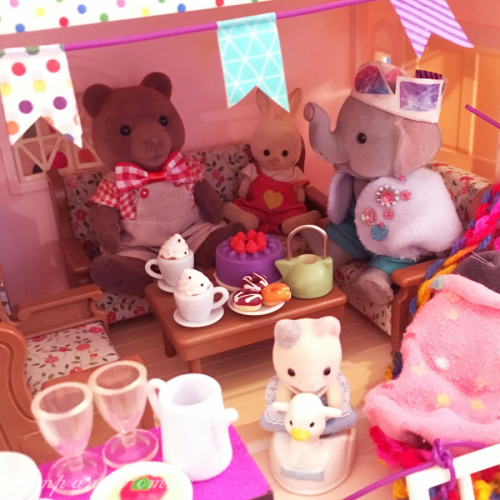 DIY-Sylvanian-Life-Colourful-House