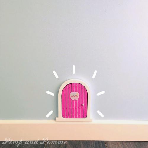 Porte-petite-sourisnn.jpg_effected